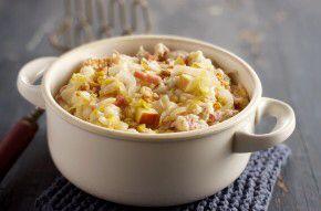 Witlofstamppot met gorgonzola   Aardappelen koken en stampen. Spekjes bakken. In bakvet witlof roerbakken. Door aardappelen roeren met stukjes gorgonzola. Ev peper en zout. Spekjes erover!