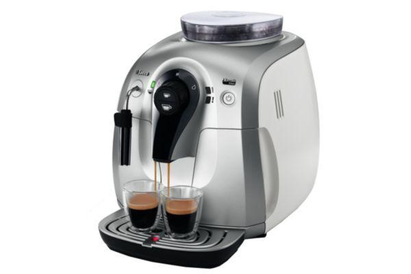 Cafetière Expresso avec broyeur SAECO HD8745/01 Xsmall Class silver / white prix promo iMenager 226.49 Euros TTC au lieu de 349.99 €