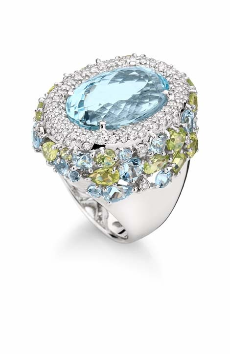 Ring in 18K white gold with round diamonds, aquamarine and peridot. Brumani, Sissi Collection