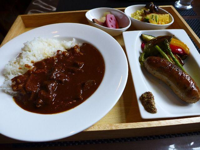 超ハイレベルな本格欧風カレーに手作りソーセージで満足感が高すぎます!  東淀川区  「f-cafe'」   Mのランチ