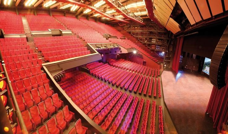 Le Grand Auditorium Lumière au Palais des Festivals et des Congrès de Cannes