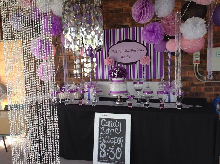 Black and Purple Candy Buffet | Via BettsCandyBuffets&More