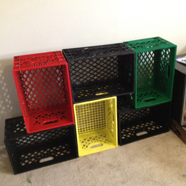 1000 ideas about milk crate shelves on pinterest crate for Milk crate crafts