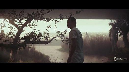 Ver o vídeo «ASSASSINS CREED Movie Trailer (2016)» enviado por Free Way no Dailymotion.