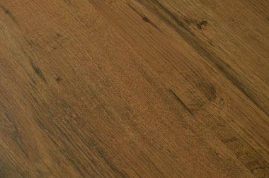 Valencia Oak 1 strip plank style Laminateland