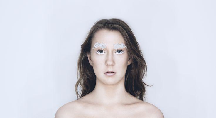 Make up by MKPengineer, inspired by iceberg. 3dimensional eyebrow. Model: Agata Ołubowicz Photo: Marta Mocek / behance.net/martamocek