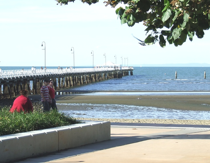 Families love to picnic on the beach overlooking the jetty