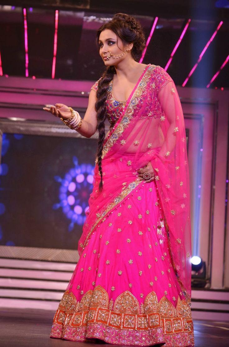 Rani Mukherjee Walk on the Ramp for Yash Raj's Birthday Anniversary.