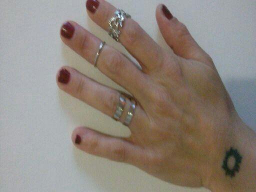 Buongiorno a tutte voi http://reviewsangela.altervista.org/set-di-anelli-xiang/ #anelli #fashion #moda #outfit #consumi #top #bijoux #likeformeplease #gioielli