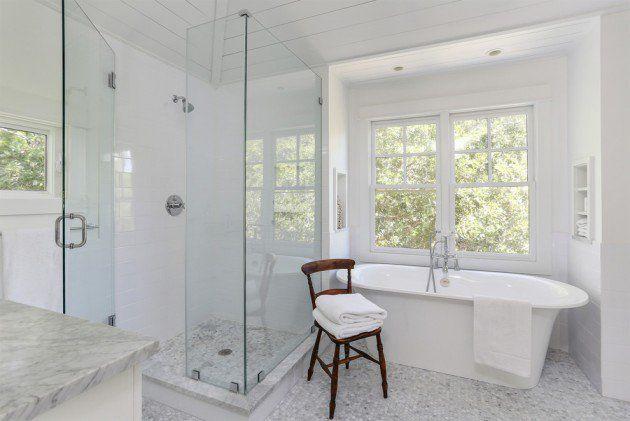 17 Beautiful Coastal Bathroom Designs Your Home Might Need