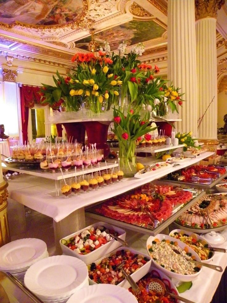Buffet Table Display Ideas Mesa Buffet A Golden Age Inspiration Buffet Catering And Food Displays Buffe Food Display Table Catering Food Displays Food Displays