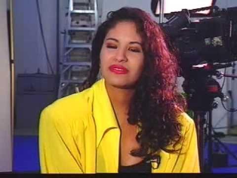 Selena Quintanilla Perez Agree Shampoo Shoot