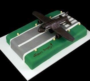 Торт военный аэродром