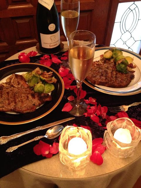 Valentine ROMANTIC DINNER TABLE | Our Valentine dinner. Table set for two. Candlelight and champagne at ...