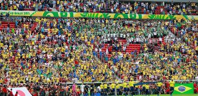 Folha Política: Dilma Rousseff mentiu em pronunciamento sobre gasto de mais de R$1 bilhão em estádios da Copa, relatam jornalistas