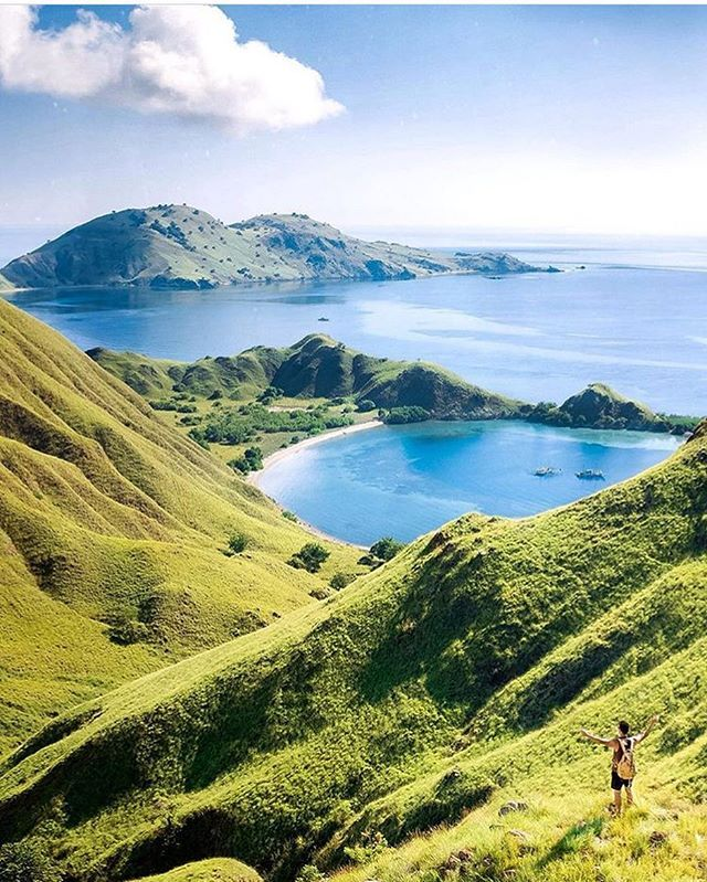how to get to komodo island