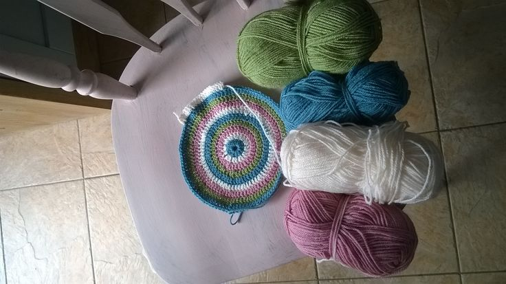 I just need to crochet chair cushions to go wth the painted chairs - will need to visit Shirley 's' wool shop in Camborne for some more 'Stylecraft' yarn