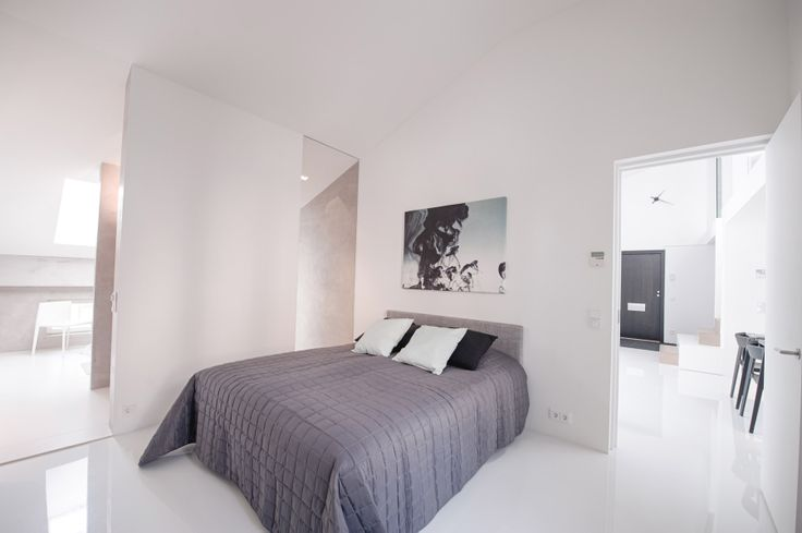 The penthouse with two bedrooms. The master bedroom.