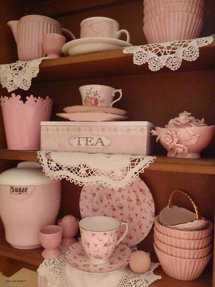 "pink-ness.... Follow Vintage: https://www.pinterest.com/lyndanna/vintage/... Get Your Free Course ""Viral Images for Pinterest"" Now at: CashForBloggers.com"