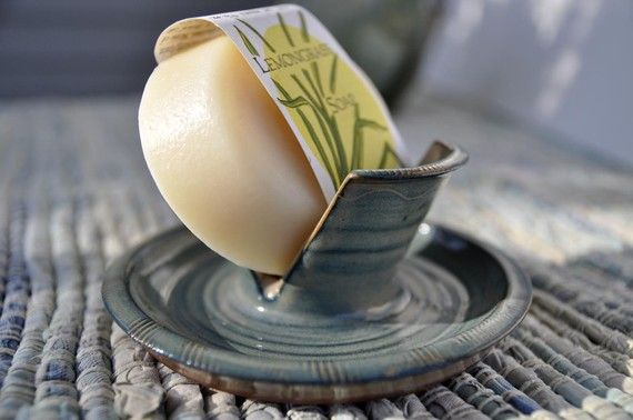Handmade Ceramic Soap Dish от SunflowerSundries на Etsy