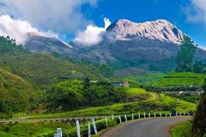 AMAZING KERALA: - Book tour package to Kerala with BigBreaks.com, Enjoy holiday packages to Kerala at best rates and quality services.