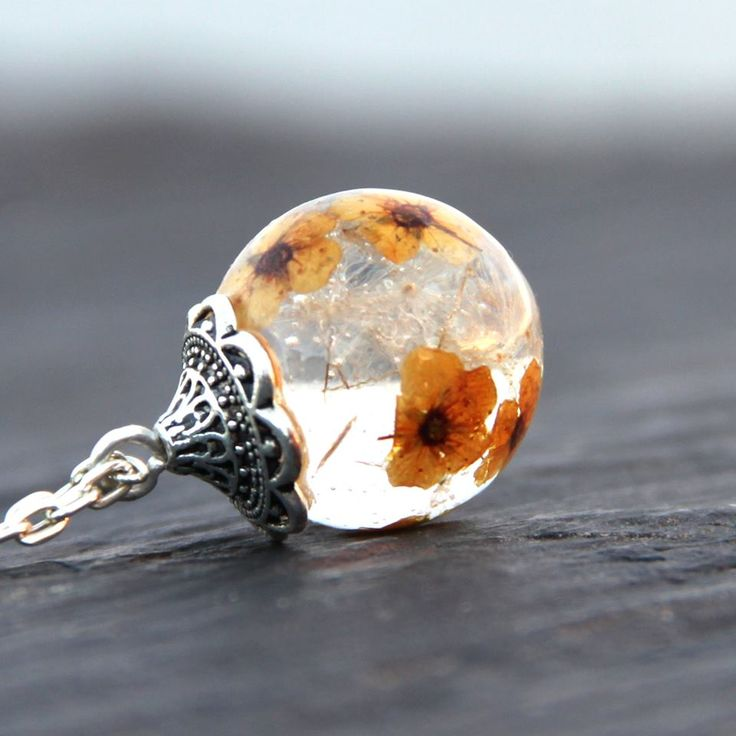 Zingy pendant resin jewelry  https://www.facebook.com/ZingyAccessories