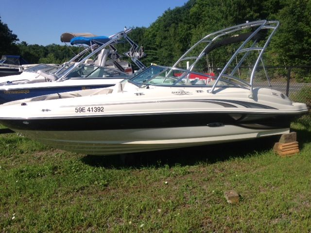 SEARAY! SEARAY! SEARAY! This boat is a great choice for families looking for a wakeboard boat but don't want the prices that come with buying one. Equipped with a Wake tower this Searay is off the charts cool. Get more information on this boat on our website www.muskokaboatgallery.com or call us at 1-844-855-6789