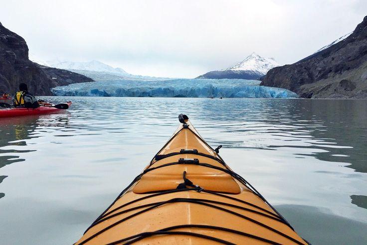 Patagonien: Kajaken mit Eisbergen am Grey Glacier