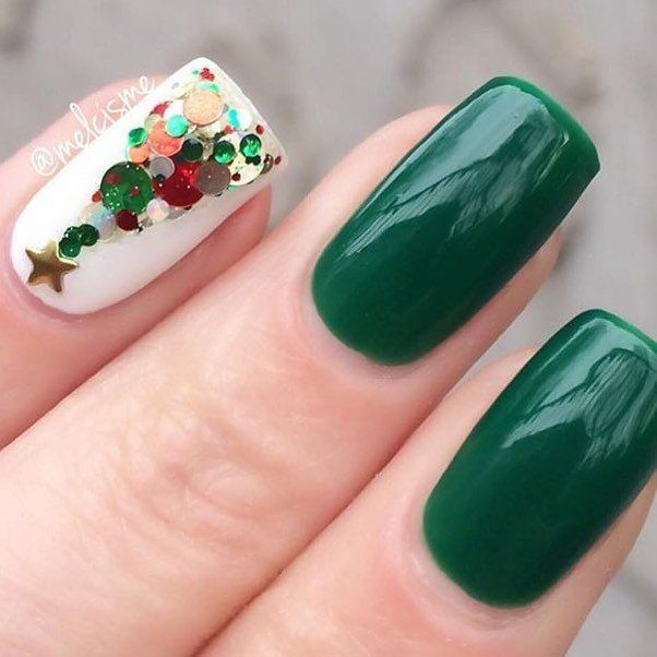 Accurate nails, Beautiful nails 2016, Exquisite nails, Festive nails, Green and white nails, Ideas of winter nails, Nails ideas 2016, ring finger nails