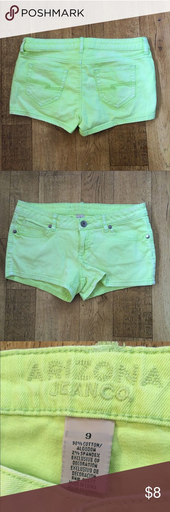 Neon Green/Yellow Arizona Jean Shorts•Sz 9 Arizona Brand Jean Shorts•Neon Green/Yellow•Size 9 Juniors Arizona Jean Company Shorts Jean Shorts