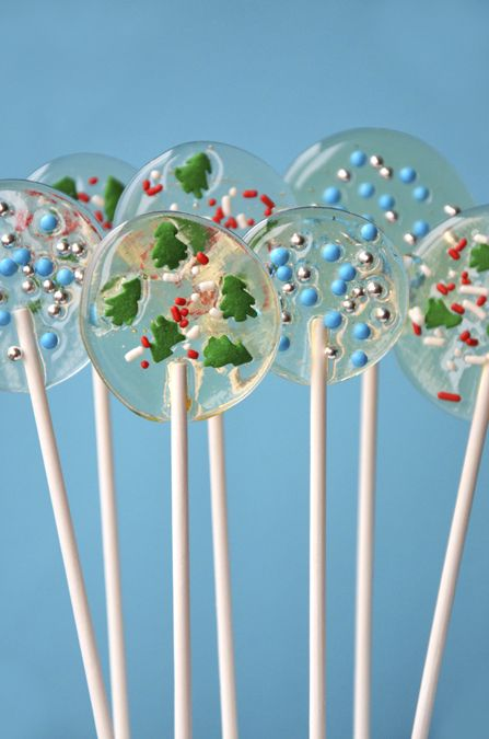 Homemade holiday lollipops!