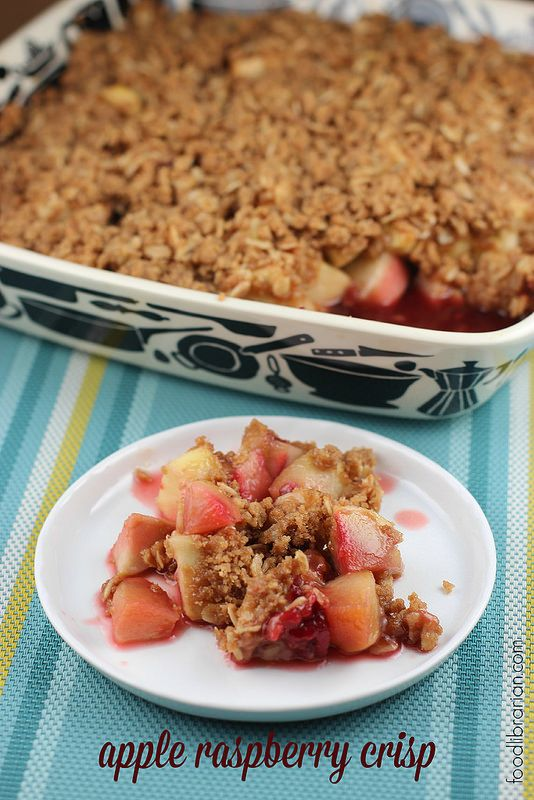 Apple Raspberry Crisp    I made this in April. It's now November. And I'm finally posting it. Yeah, I'm a bit behind.   But now it's per...