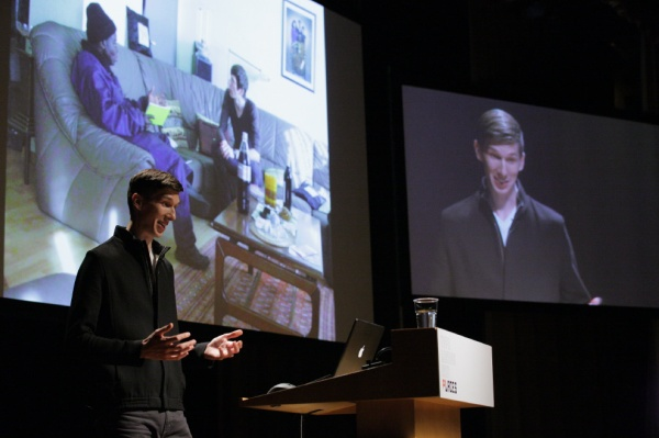TYPO London 2011 movie: Julian Zimmermann – The King is Customer #typo11 http://typotalks.com/video/2011/10/22/typo-london-2011-places-livestream-king-bansah-the-king-is-customer/