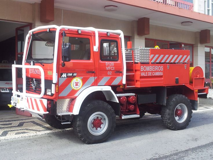Bombeiros Voluntários de Vale de Cambra - 0120  VFCI 02 - Renault Camiva