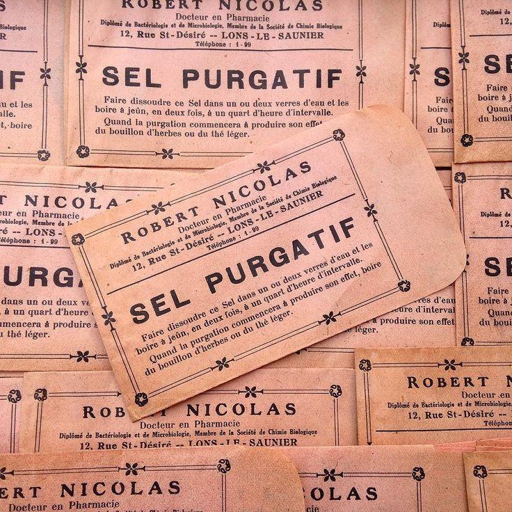 """Très jolis sachets de """"Sel Purgatif"""" d'une ancienne pharmacie 1940.  Nice pop bags from a 1940 french pharmacy...!   Disponibles sur l'eShop!   #vintage #vintageshop #vintagefinds #vintagestore #vintagestyle #fleamarket #fleamarketfinds #fleamarketfind #brocante #antique #antiques #antiqueshop #antiquestore #frenchpickers #frenchvintage #igerslyon #lyon #vintagestuff #vintagedecor #paper #marinette #retro #pharmacy #scrapbook #scrap #scrapbooking #1930 #1940 #design #vintagedesign by…"""