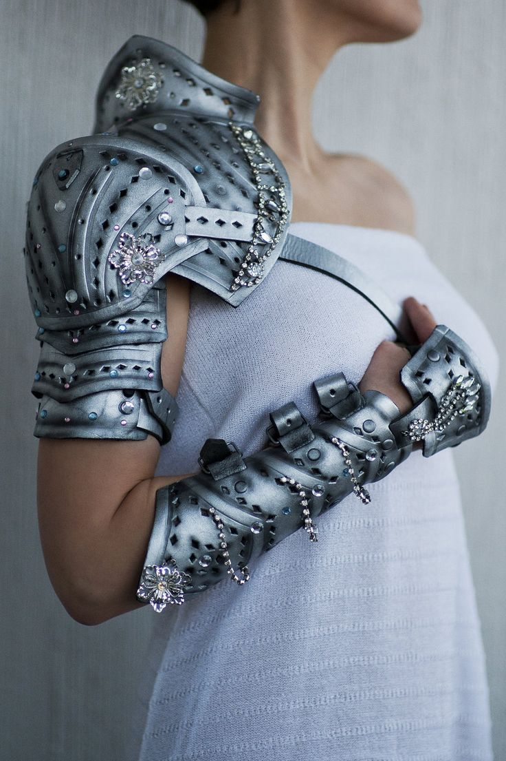 Pauldrons and Arm Braces, mask and bag by vofffka