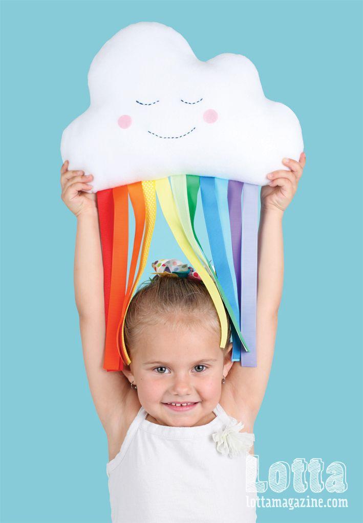 A cuddly cloud softie raining rainbows. Full instructions in Lotta Magazine Colour Issue.