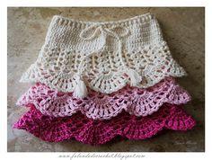 Child's Crochet Skirt.  Really Nice Tutorial + Charts.   http://falandodecrochet.blogspot.com/2014/04/saia-de-croche-infantil.html