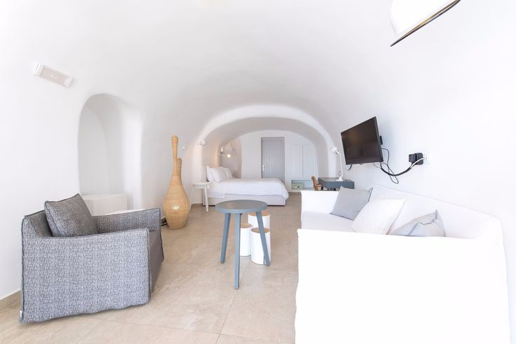 Simplicity is more at Santorini Secret Suites and Spa