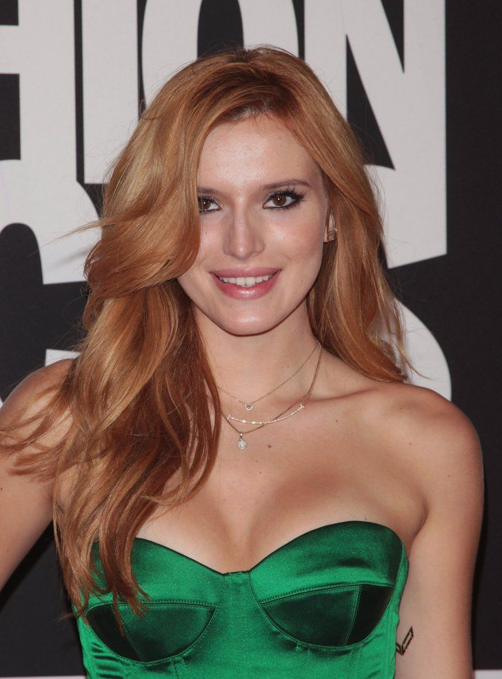Pin for Later: Proof That Bella Thorne Was Destined to Be a Beauty Queen Never underestimate the power of a good blowout. Bella may be known for her love of braids, but she proved at Fashion Rocks 2014 that loose, glossy waves can make a strong statement, too.