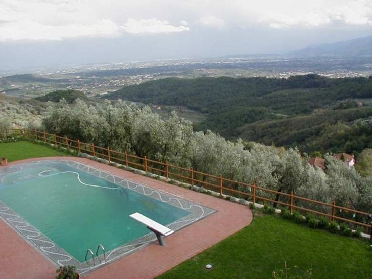 The Borgo - 20 pax - Lucca, Lucca... http://www.ciaoitalyvillas.com/