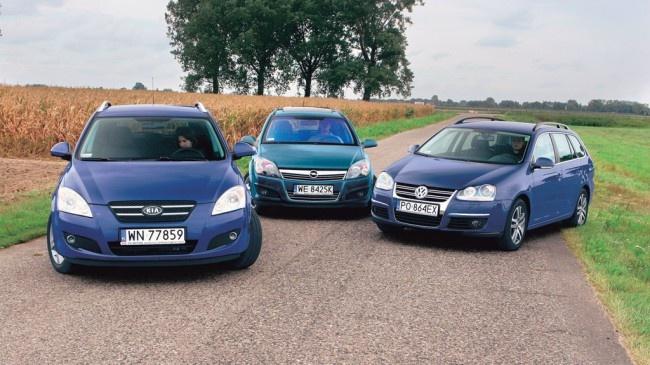 Segment kompakt, dobra relacja ceny do wieku i oszczędny diesel pod maską to dla wielu kierowców wprost wymarzone połączenie. Sprawdzamy, który z trzech kombiaków Kia ceed, Opel Astra oraz Volkswagen Golf wypada najlepiej podczas codziennej eksploatacji