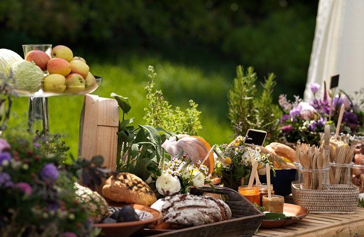 Garden Gathering Δειπνοσοφιστήριον catering