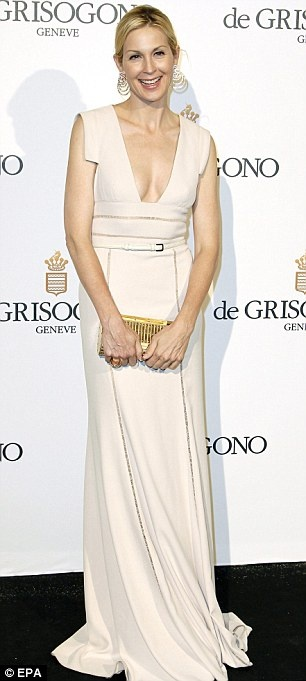 Hollywood girls: Gossip Girl star Kelly Rutherford wore a cream number