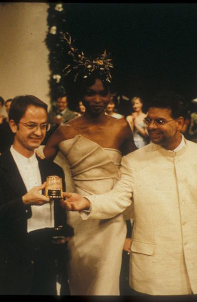 Lecoanet Hemant accepts the coveted Golden Thimble award for Haute Couture in 1994, Paris.