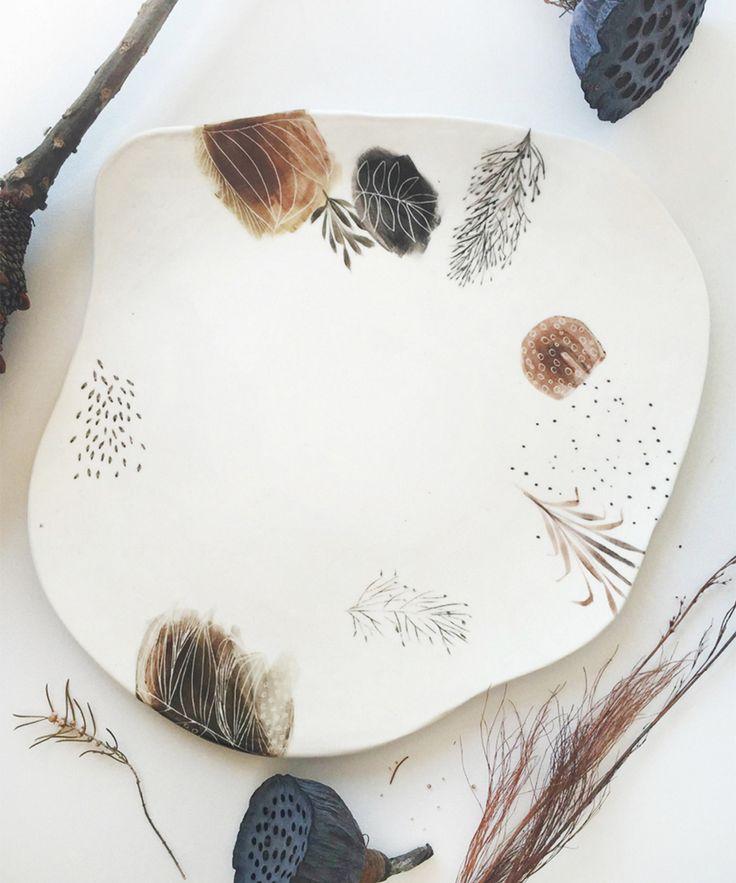 Dit is het verhaal van de kunstschilder en de pottenbakker. Samen hebben zij een prachtige handgemaakte collectie keramiek gemaakt. Weblog van Marion Pannekoek. Sieraadontwerper en maker.