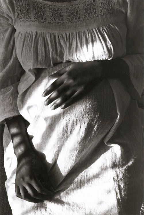 pregnancy, by Edouard Boubat