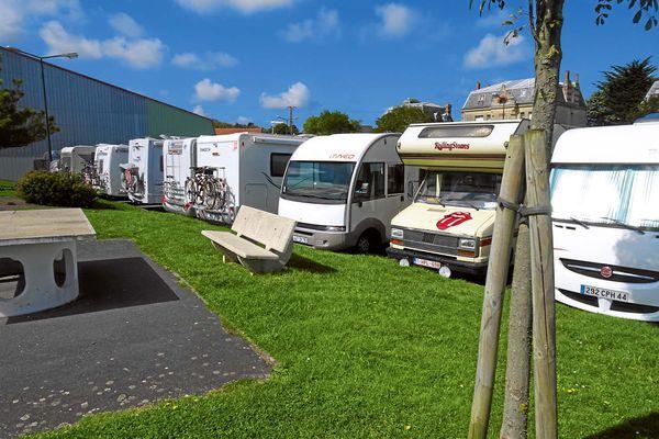 Stellplatz-Tipp Arromanches-les-Bains: Parking Centre - PROMOBIL
