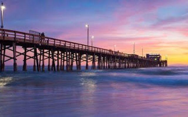 """Newport Beach: centro mondiale del Fashion I negozi presenti sul lungomare di Newport Beach e la """"Fashion Island"""", che è un vero e proprio centro commerciale all'aperto, sono l'ideale per trovare l'abbigliamento da spiaggia che più si addice  #viaggi #relax #mondo"""