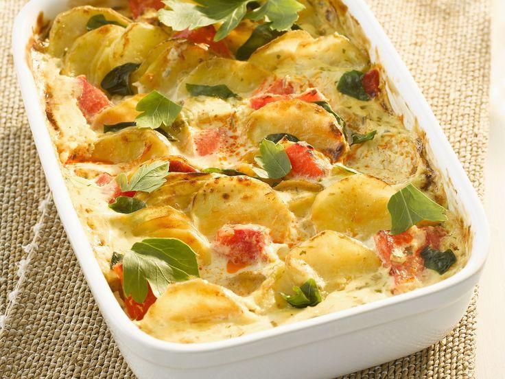 Kartoffel-Tomaten-Gratin - smarter - Kalorien: 384 Kcal - Zeit: 30 Min. | eatsmarter.de